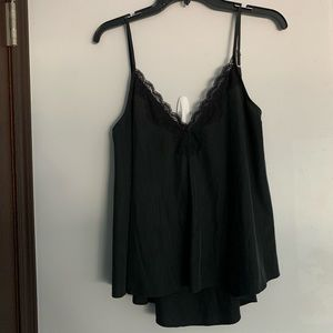 Zara Tops - V neck lace tank top